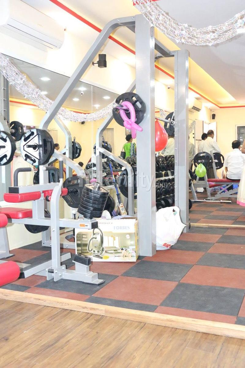 Offers on best fitness studios for yoga near me in