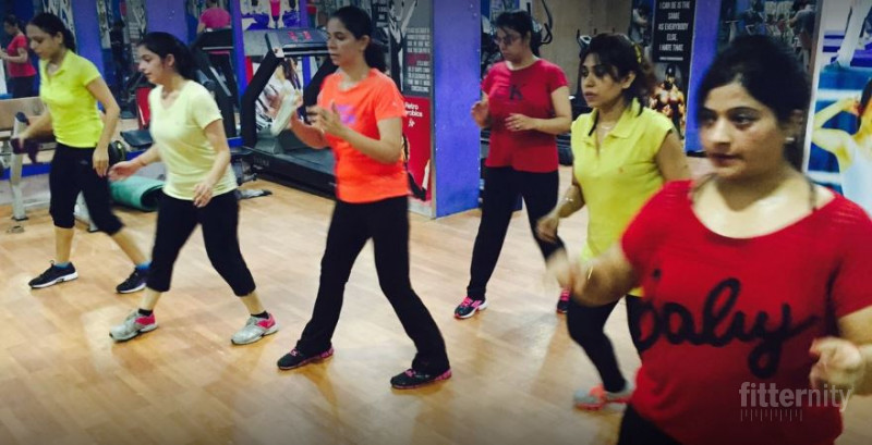 Offers on gyms for cardio equipment near me in kirti nagar