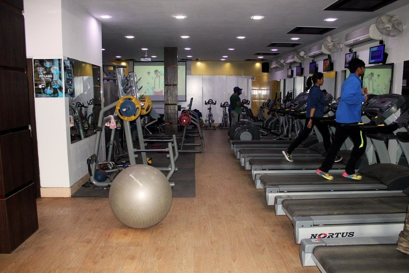 Celebrity gym raja garden