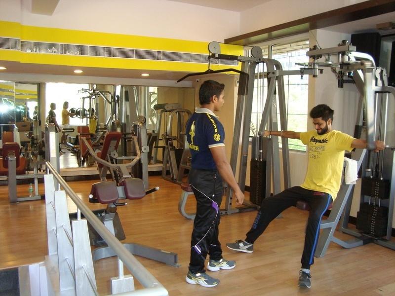 Gold S Gym Delhi Rohini Fitternity